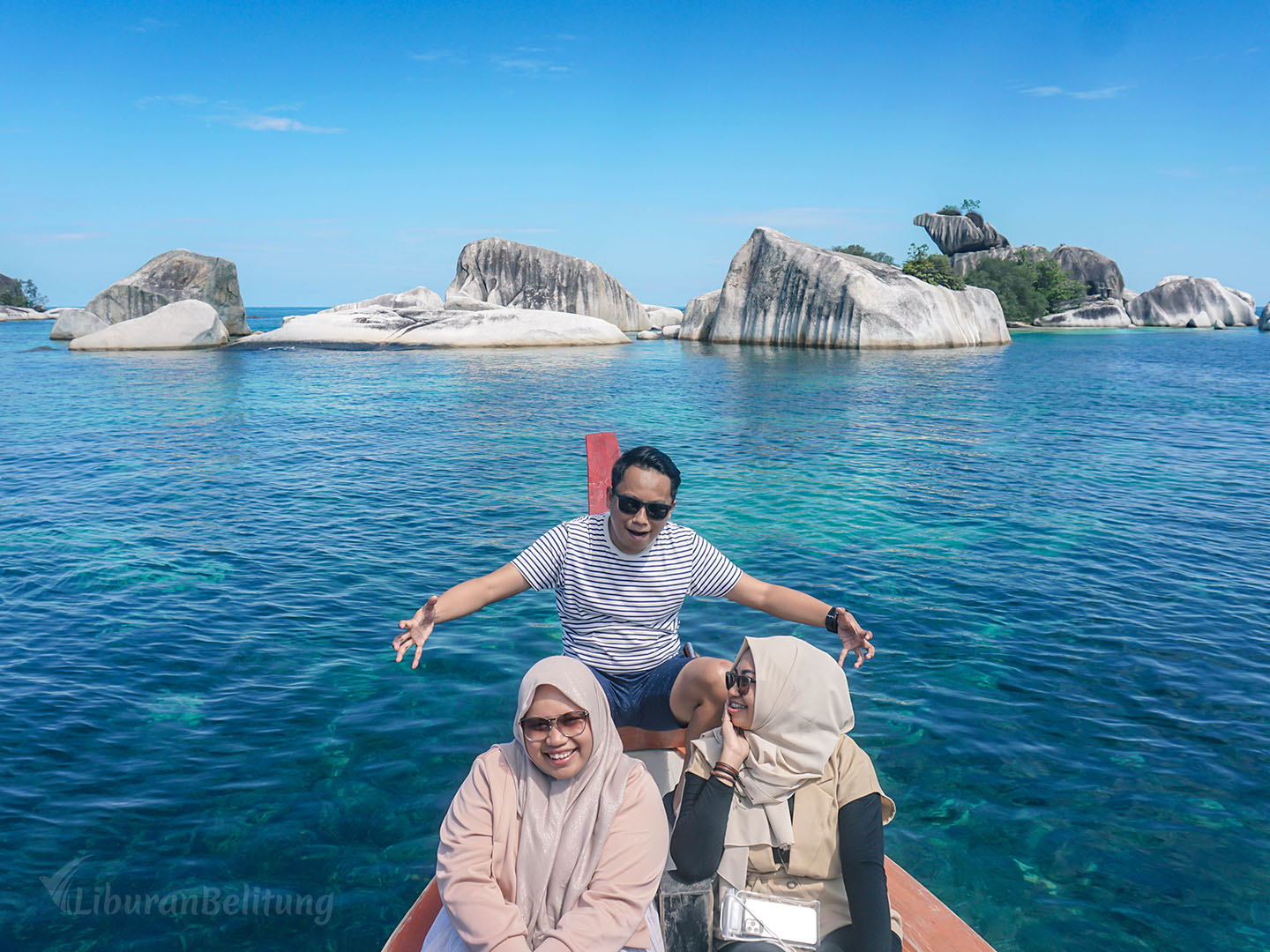 Paket One Day Tour Hopping Island